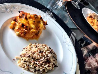 Kip, spek in een romige Jalapeno saus met rijst