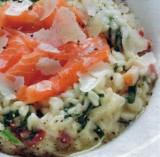 Risotto van spinazie met zalm
