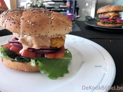 Hamburger, cheddar, Jalapenos