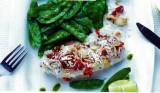 Schelvis in een korstje van chorizo, sluimererwten in olie van fijne kruiden