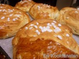 Suikerbrood en rozijnenbrood