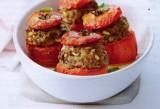 Gevulde tomaten met gehakt en pijnboompitten